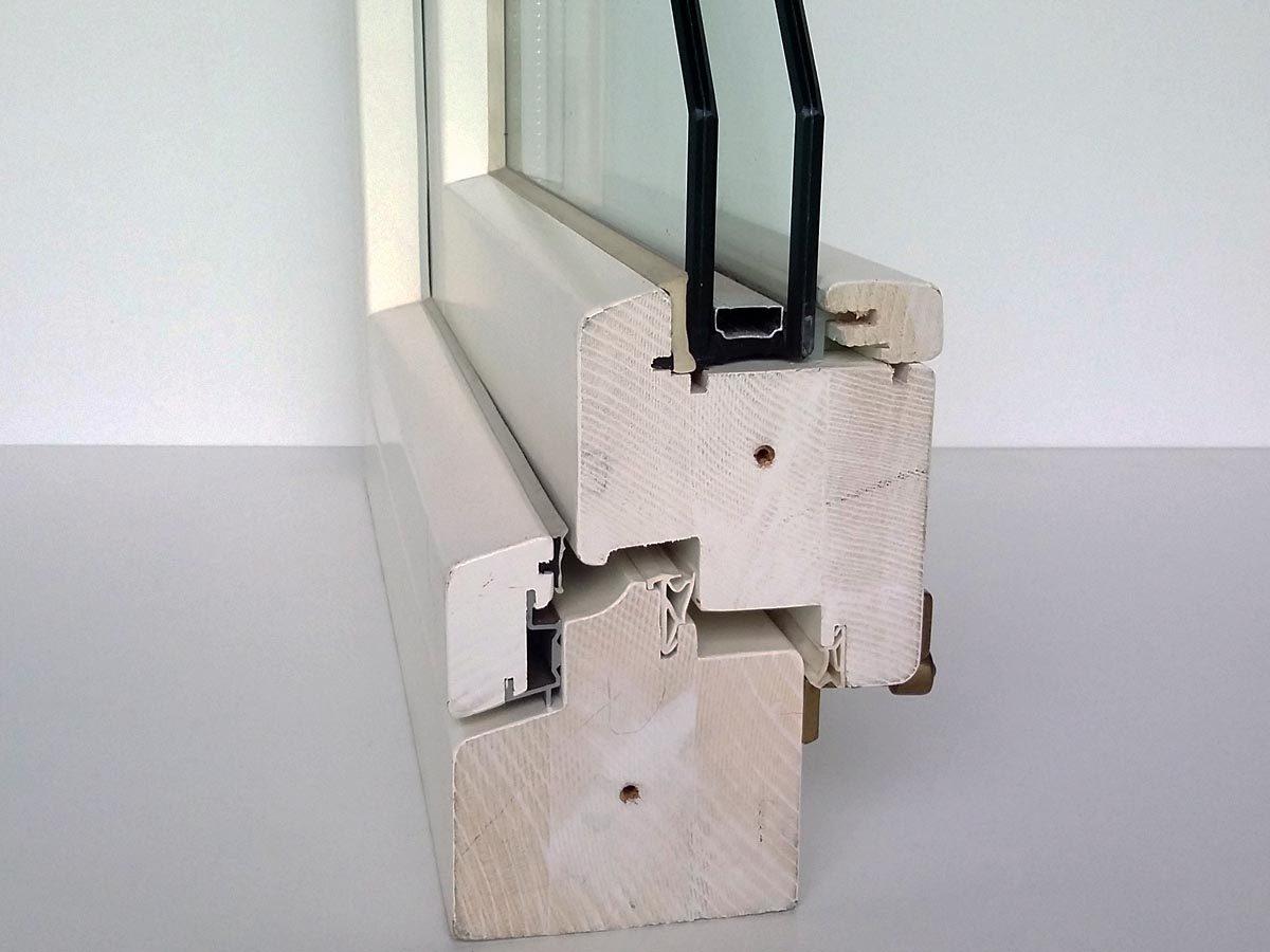 Dettaglio sezione finestra legno bianco 78 mm
