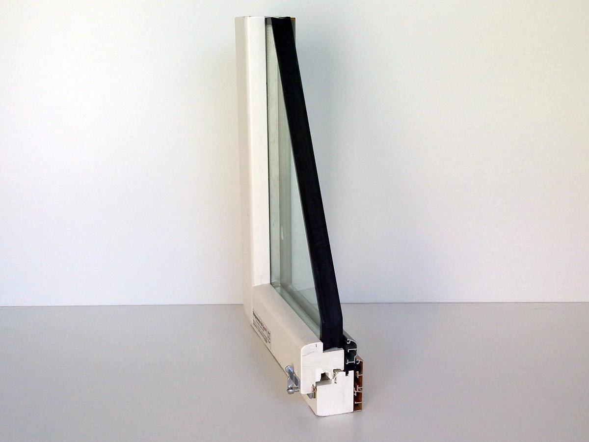 Serramento in legno-alluminio bianco con spessore 85 mm