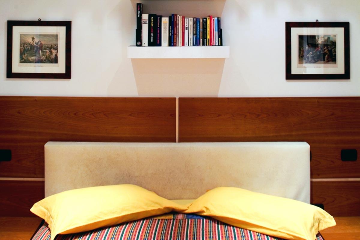 Stanza da letto su misura 02 falegnameria casali - Stanza da letto romantica ...